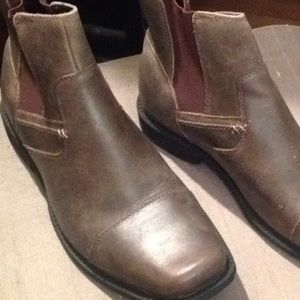 NWOT NXXT brown men's leather pull on boots